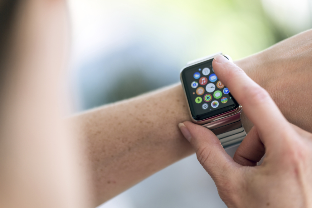 Tips for Buying the Best iPhone & iWatch Accessories